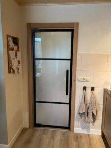 melkglas deur